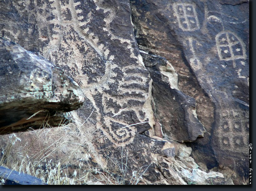 Petroglyph photo 9, Parowan Gap